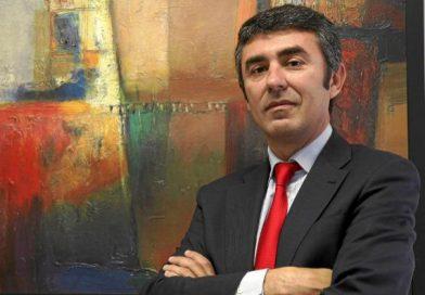 """Pérez: """"El lugar de los economistas es estar junto a FAES y sus empresarios"""""""