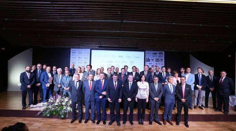 El presidente de FAES defiende en la Gala Premios FAES 2018 la colaboración público – privada para «poder crecer en competitividad»